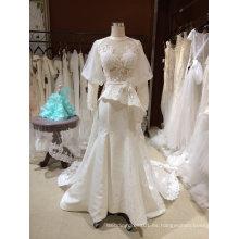 Una línea de manga larga Backless Halter vestido de novia