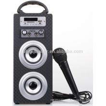 Mini Bluetooth Karaoke Holz Lautsprecher mit MIC-Steckplätzen FM USB TF / SD LED-Bildschirm