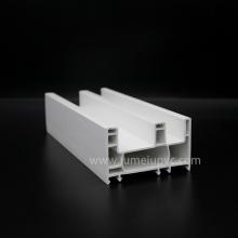 Schieben von PVC-Profilfensterrahmen