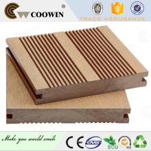 Tabuleiros de madeira