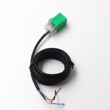 Capteur de proximité inductif détecteur de proximité inductif de type colonne angulaire Yumo Lmf11-3005pb 5mm PNP
