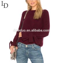 La manga de la moda diseña el suéter en blanco del jersey de la blusa del invierno de la señora para la mujer