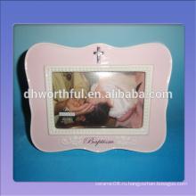 Декоративная керамическая детская рамка для первого года на сувенир