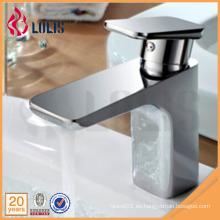 China productos solo mango cromado cuarto de baño lavabo grifos