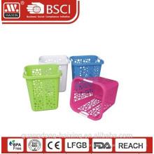 Panier à linge plastique carré (58L)