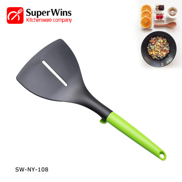 Novo produto Nylon Kitchenware Slotted Turner