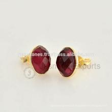 Venta al por mayor Mejor Calidad Vermeil oro plateado Gemstone Bisel Stud Pendientes Joyería Proveedores Y Fabricante