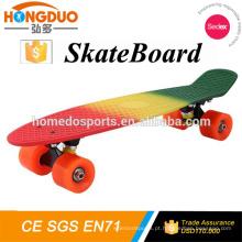 Fabricante de skate elétrico com PU 4 Wheels