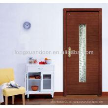 Geschnitzte Tür