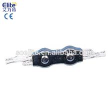 Conector de cable de cerca de accesorios de valla
