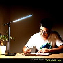 Las lámparas de mesa del diseño de la fábrica de China para el hogar dual llevaron la lámpara de mesa que cuidaba ojo ligero los niños estudian las lámparas con el control del botón