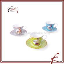 2015 новых продуктов пользовательских печатных керамические чашки чая и блюдце
