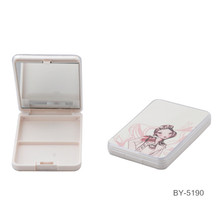 Cartoon Girl White Compact Powder Estuche con espejo