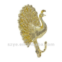 Elegant golden peacock curtain hook for window decoration