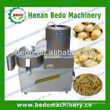 Kartoffelchip, der Maschine schält und schneidet