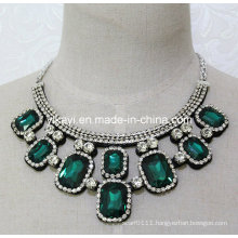 Women Fashion Green Square Glass Crystal Pendant Collar Necklace (JE0204)