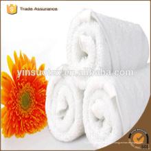 Serviette de coton blanc à faible teneur en toiles pour hôtel