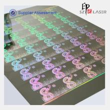 Kundenspezifisches Firmenzeichen auf dem holografischen Papier drucken