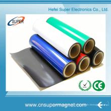 Aimants en caoutchouc forts isotropes faits sur commande de fabricant de la Chine avec la couleur PVC