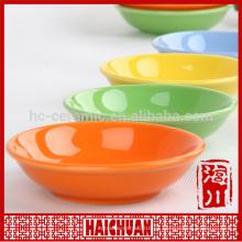 Mango ovalado de cerámica de cerámica amarillo con tapa de silicona Caja de almuerzo caja de taquilla Tazón de fideos japoneses