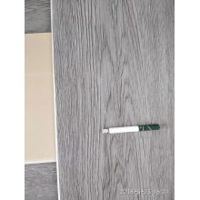 Plancher de traitement de surface couleur simple SPC