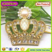 Broche de couronne de roi plaquée or européenne Broche de cristal de mode