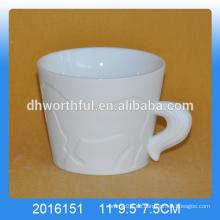 Hochwertiger weißer keramischer Pferdbecher für Großverkauf, Porzellanpferd mug.ceramic Tierbecher