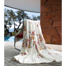 Gedruckte Coral Fleece Blanket mit gefalteter Kante