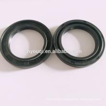 FKM/NBR/PU double spring seals