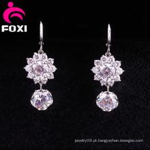 Brilhando Brincos Pendurados Design Diamante Fantasia