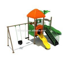 Patio al aire libre del cabrito con la diapositiva y el oscilación, artículos del parque de atracciones para la venta