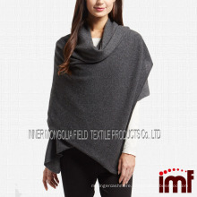 Oversized Cashmere Wrap in Classic Color
