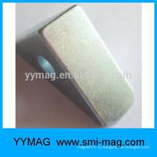 Треугольный неодимовый магнит