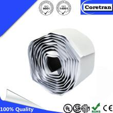 Compagnon de qualité électrique auto-amalgamant fournissant une surface de gravure lisse et imperméable à l'eau