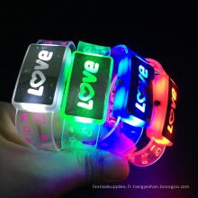 Nouveau bracelet design avec motif clignotant Love de la Saint-Valentin