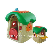 Plastic Kids 'play house