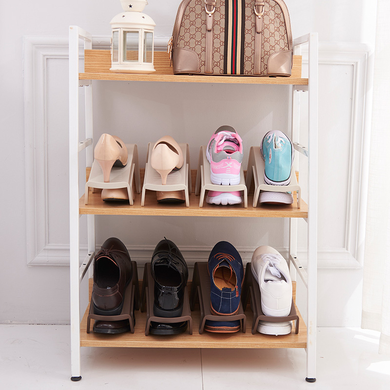 Plastic simple household shoe holder