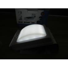Eco-friendly de buena calidad impermeable IP65 alta luminaria luz solar al aire libre de pared
