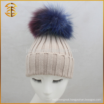 China Manufacturer Raccoon Fur Pom Pom Knitted Plain Beanie Hat