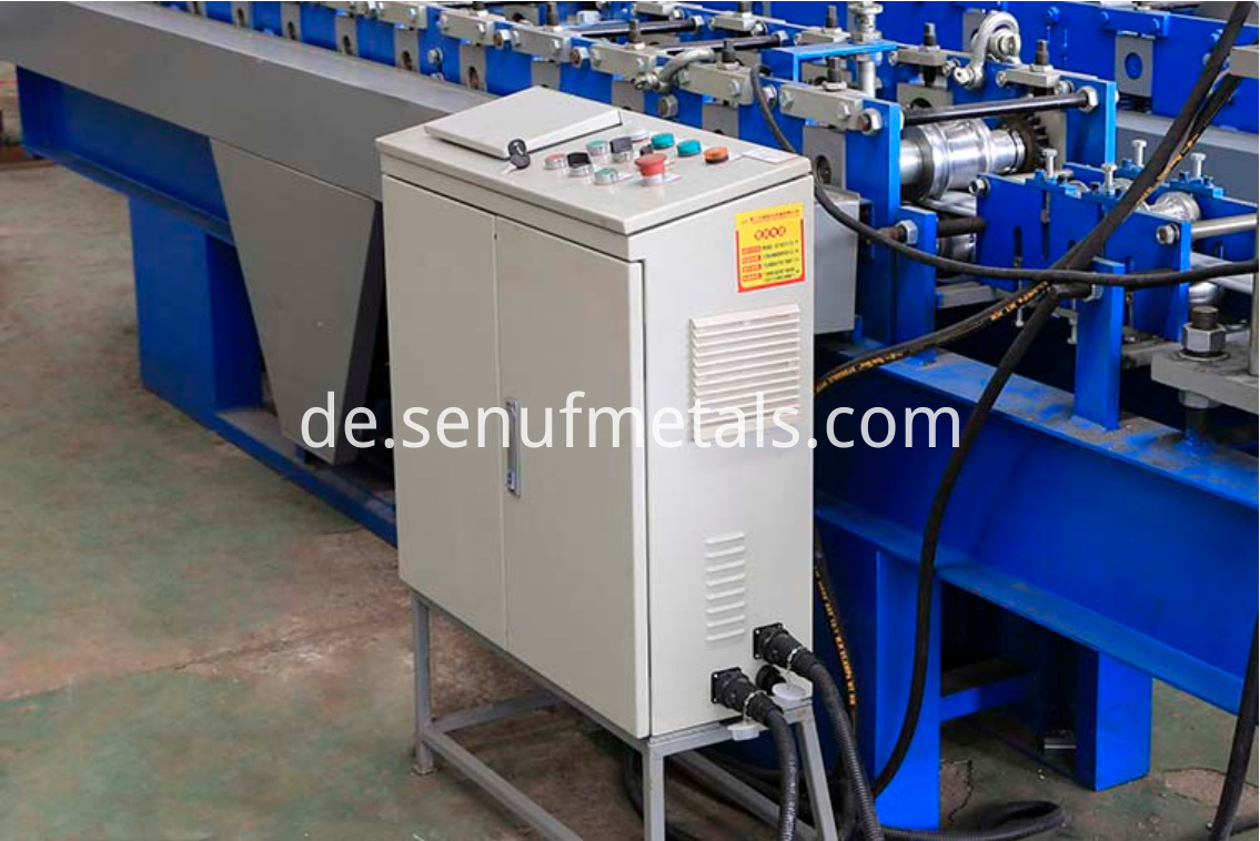 Roller shutter door forming machine PLC control system