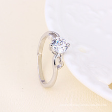 Xuping Elegant Love Ring