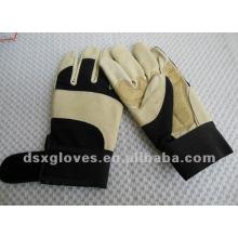 Кожаные защитные перчатки