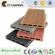 Revêtement de sol en bois composite composite en intérieur ou intérieur wpc