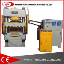 Machine de presse hydraulique à quatre colonnes de 300 tonnes