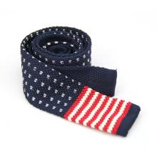 Buen precio Venta caliente hombres punto poliéster plana corbata