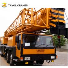 Camión de 110 toneladas con grúa