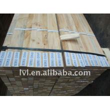 Vigas de madera de construcción con estructura LVL