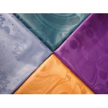 Polyester damassé Africain jacquard tissu guinée brocart vêtement tissu usine prix teints