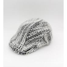 Chapeau d'hiver IVI noir et blanc tricoté (YS002)