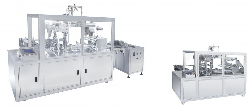 Transparent film packaging machine of 3G straight line